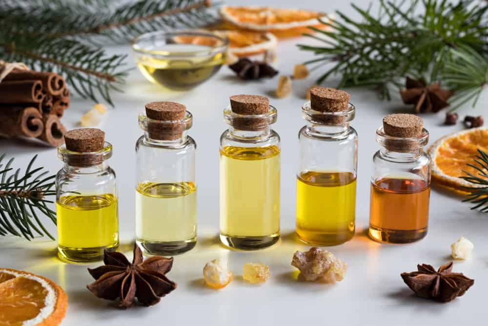 Top 4 Essential Oils To Enhance Your Senses For An Intimate Massage